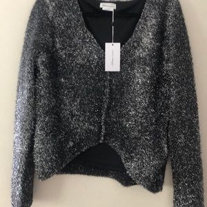 NWT Lovers & Friends silver/black v neck sweater
